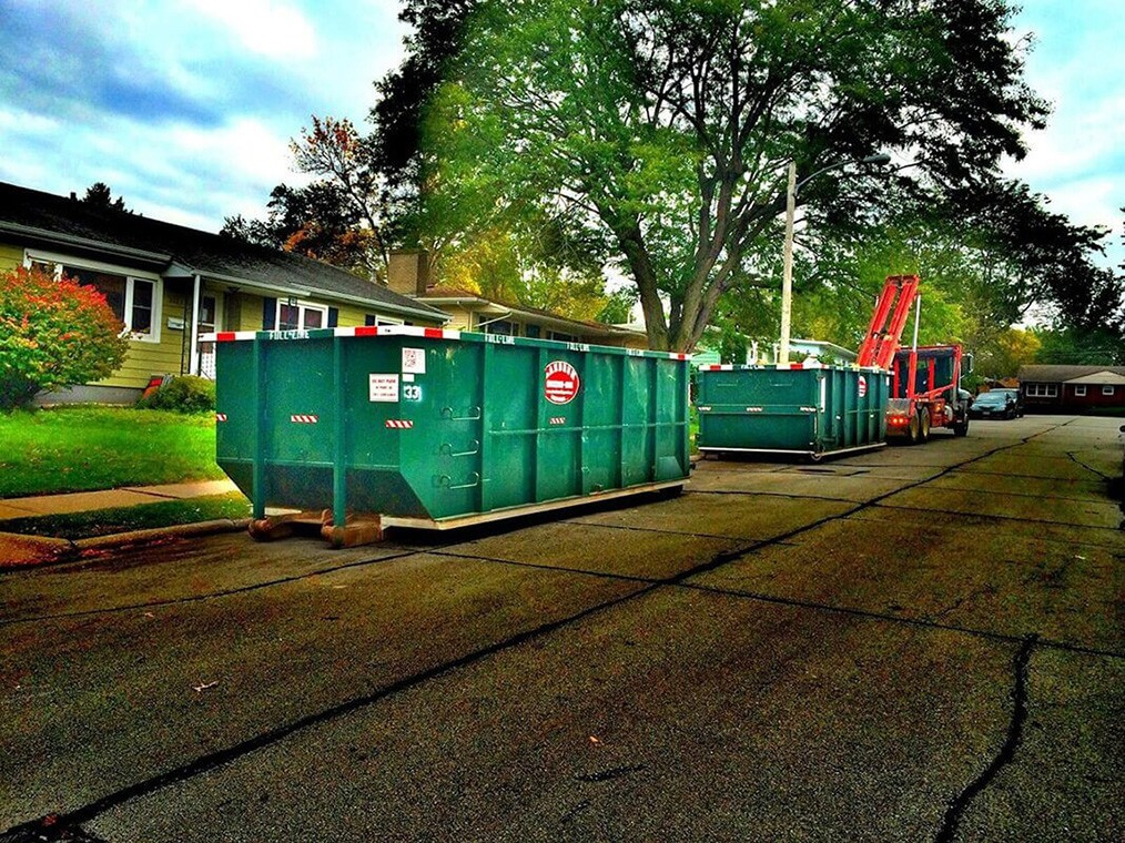 Commercial Dumpster rental services-Charleston Dumpster Rental & Junk Removal Services-We offer Septic Service & Repairs, Septic Tank Installations, Septic Tank Cleaning, Commercial, Septic System, Drain Cleaning, Line Snaking, Portable Toilet, Grease Trap Pumping & Cleaning, Septic Tank Pumping, Sewage Pump, Sewer Line Repair, Septic Tank Replacement, Septic Maintenance, Sewer Line Replacement, Porta Potty Rentals