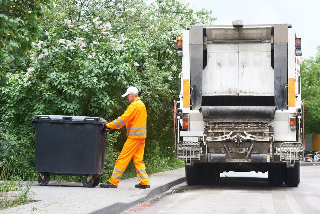 North Charleston-Charleston Dumpster Rental & Junk Removal Services-We offer Septic Service & Repairs, Septic Tank Installations, Septic Tank Cleaning, Commercial, Septic System, Drain Cleaning, Line Snaking, Portable Toilet, Grease Trap Pumping & Cleaning, Septic Tank Pumping, Sewage Pump, Sewer Line Repair, Septic Tank Replacement, Septic Maintenance, Sewer Line Replacement, Porta Potty Rentals